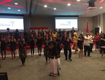 Meriahkan Resepsi Diplomatik, Poco-Poco Goyang Santo Domingo