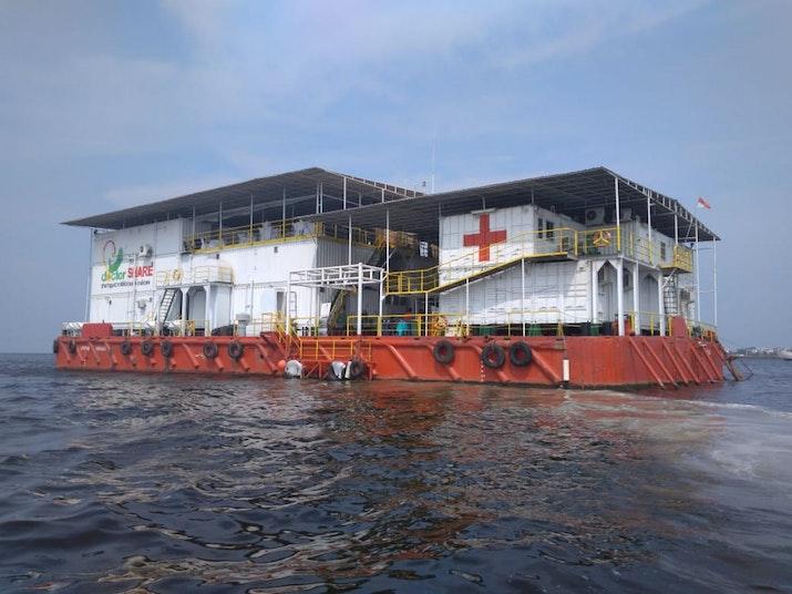 Melihat Isi RS Apung Pertama di Indonesia