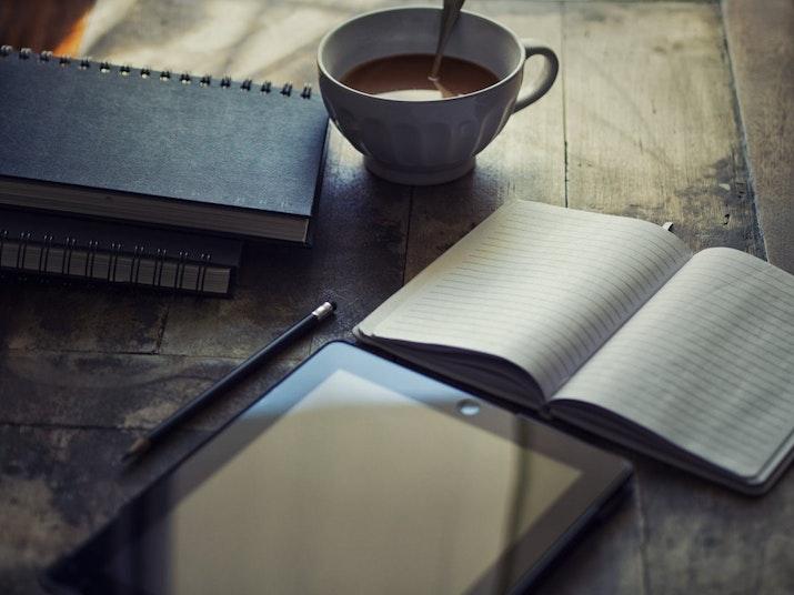 Menulis Sebagai Self-Healing Therapy