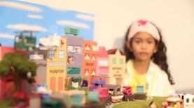 Bikin Bangga, Bocah Tujuh Tahun Ini Berhasil Jadi Juara Dunia Lomba Gambar Mobil!