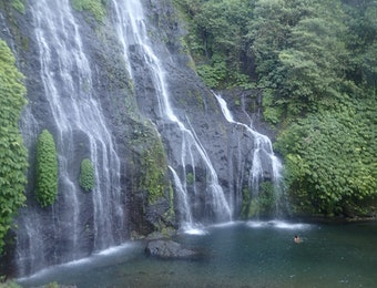 Menjelajahi Bali Utara Bersama Keluarga Anda