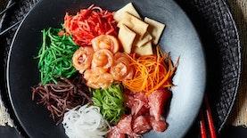 Yusheng: Kuliner khas Imlek dengan Ritual Menikmati yang Unik